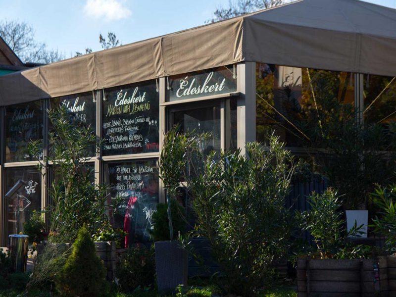 Restauracja Édeskert – Zapraszamy!