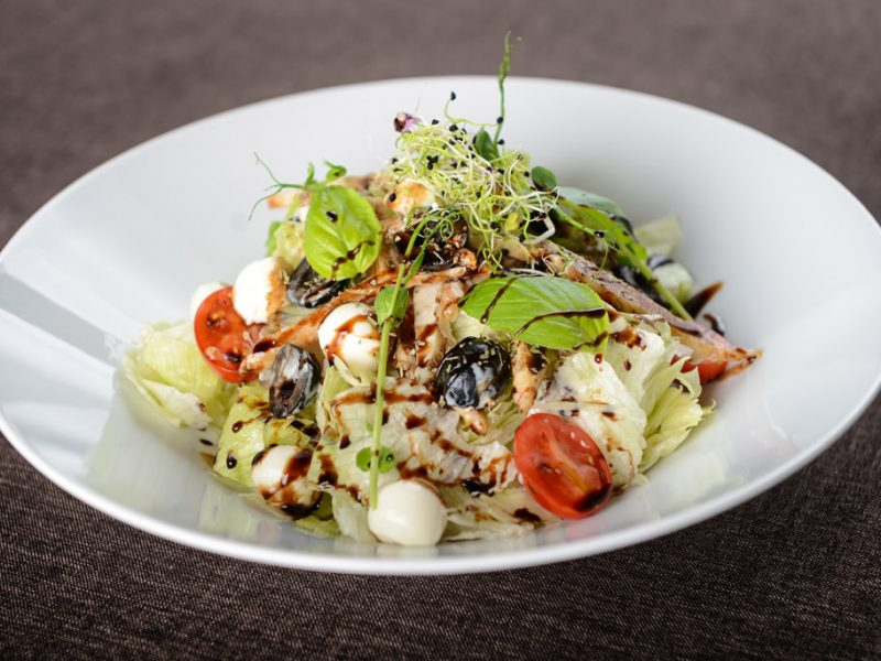 Mozarella saláta